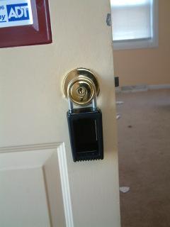 lockboxDSCF0002